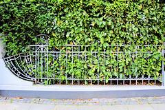 Happy Fence Friday (3xPiP)