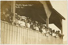 KN0366 KENORA - REGATTA KENORA 1910 (SPECTATORS)