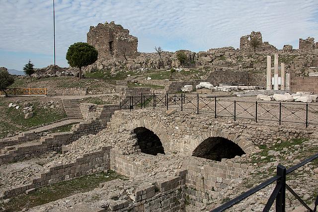 20151207 9809VRAw [R~TR] Trajans Tempel, Pergamon, Bergama