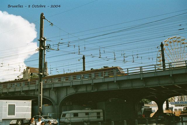 Train on a bridge - Brussels - 8 10 2004