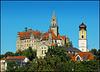 Und noch eine Schlossansicht mit Stadtpfarrkirche St. Johann