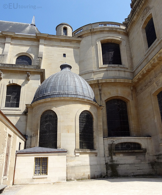 Hidden architecture of Les Invalides