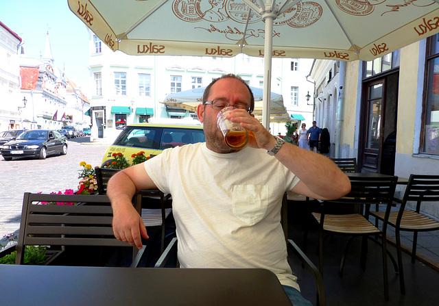 EE - Tallinn - me, enjoying my first Estonian beer