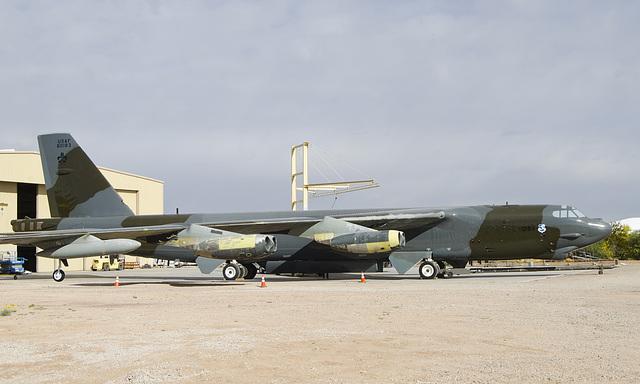 Boeing B-52G Stratofortress 58-0183
