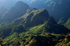 Die Bergwelt bei Serra de Agua