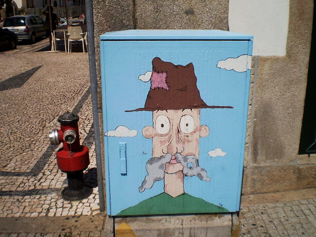 Street art on electricity box.