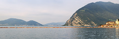 The Floating Piers (1)