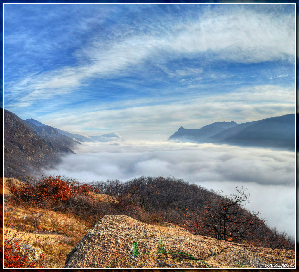 Sea clouds over Susa valley