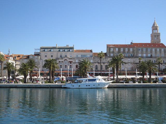 Riva de Split, 4