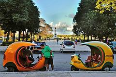 Cuban motor trishaws Parque Martires des 71