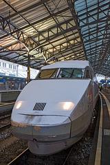 090201 TGV Lausanne neige A