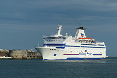 Bretagne arriving at Portsmouth (1) - 22 April 2018