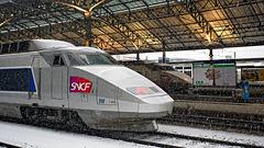 090201 TGV Lausanne neige F
