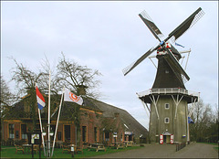 Mosterdmuseum  en molen -De Lelie - te Eenrum