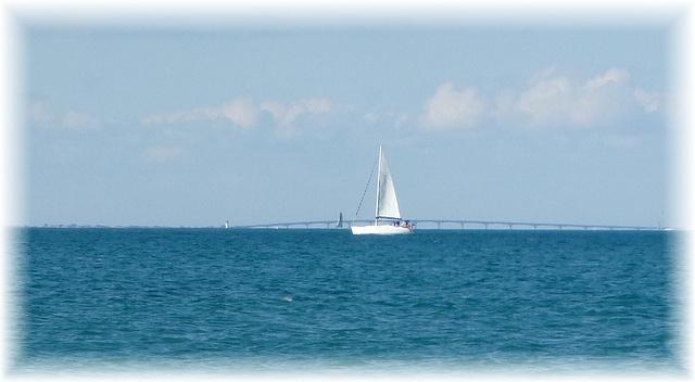 Blanc-bleu, couleur océan...