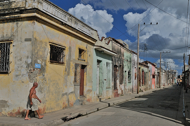 An alleyway in Camagüey