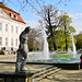 Familienidyll vor Schloss Friedrichsfelde - A family idyll in front of Friedrichsfelde Castle