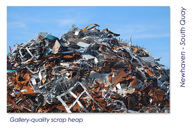 Scrap metal on South Quay - Newhaven - 22.8.2015
