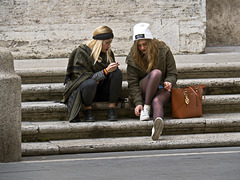 Roman street life - Confidences on the steps