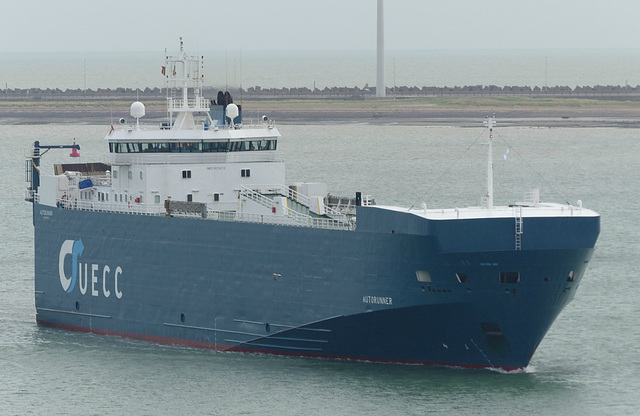 UECC Autorunner arriving at Zeebrugge (1) - 31 May 2015