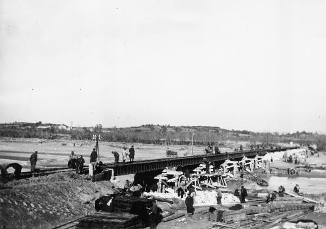 ELNE (1940) Pont du Tech provisoire N°13