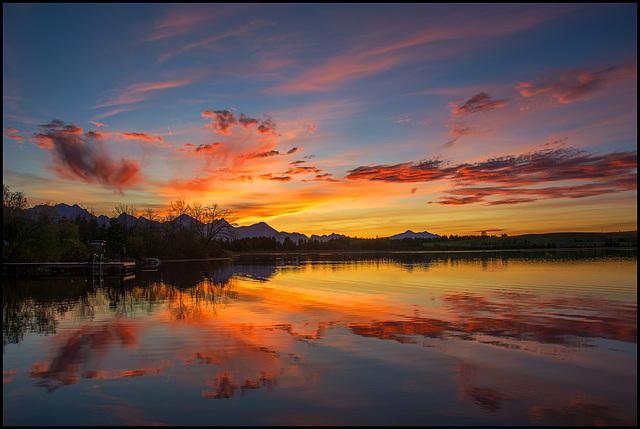 Nach Sonnenuntergang am See
