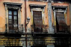 Balkontüren mit Sonnenschutz