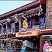Antalya : un grande negozio su 2 piani dedicato ai souvenirs e allo shopping