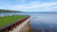 Champlain lake / Lac Champlain
