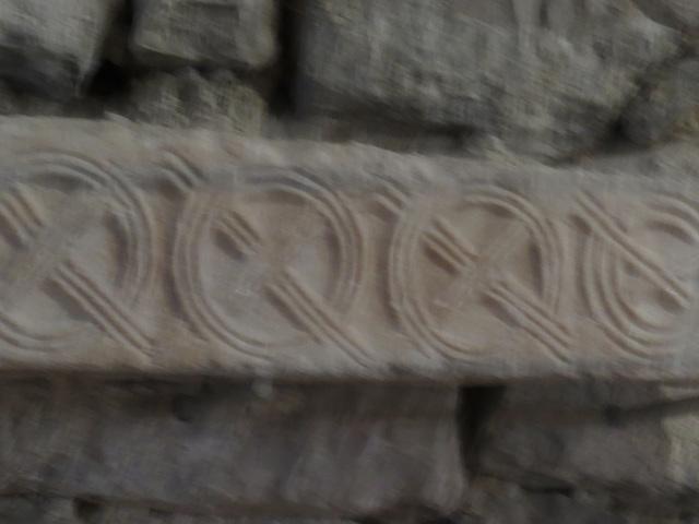 Eglise saint-André : décoration chrétienne.