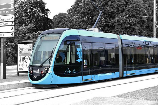 BESANCON: Le Tramway terminus: Gare Viotte.