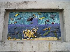 Ceramics applied on walled window.