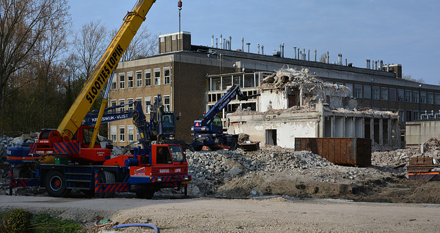 Demolition of the former Clusius Laboratory