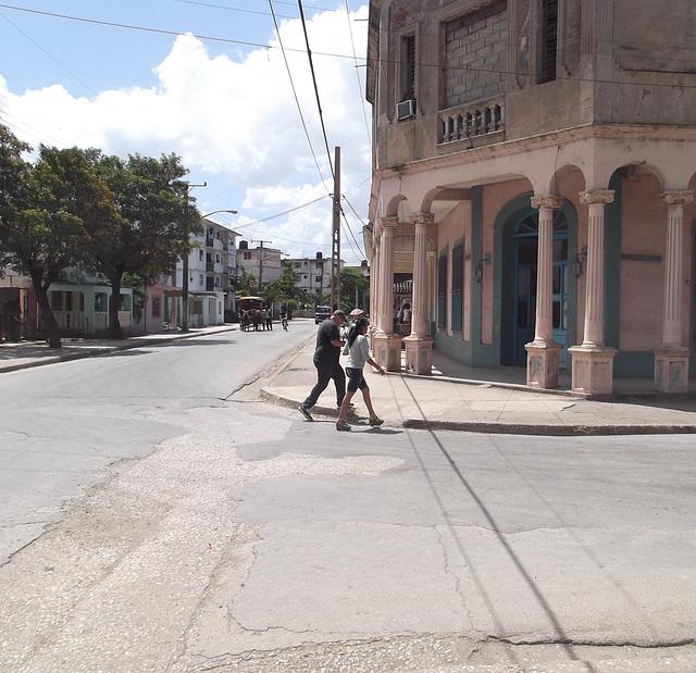 Cubaine en semelles compensées - Recadrage