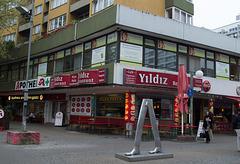 Berlin neighborhood (#2705)