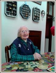 ** Petite mémé vient d'avoir 100 ans le 2 mai **