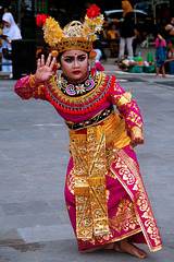 Small girl dancing Legong performance