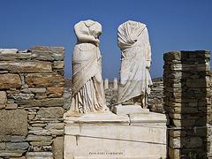 headless in Delos / Greece
