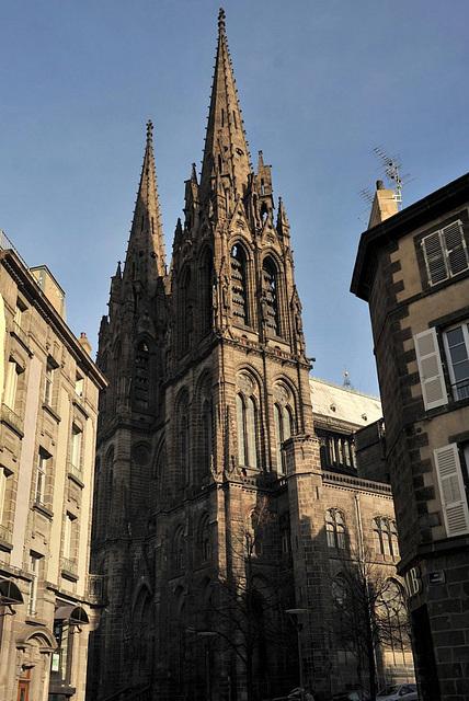 Les tours de la cathédrale de Clermont-Ferrand