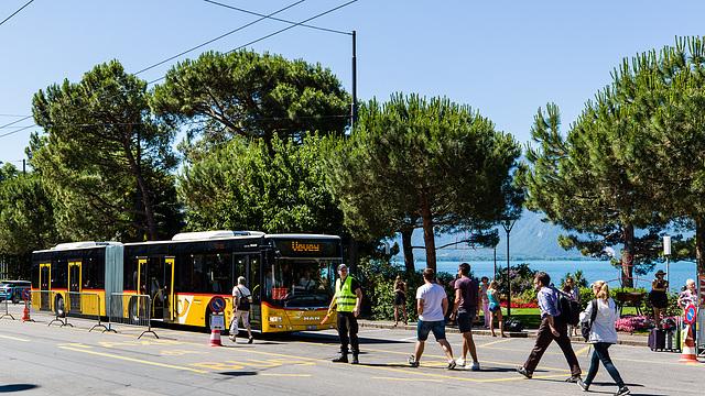 170617 bus postal Montreux 0