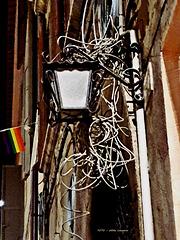 Strom-Versorgung ... oder wirr-warr