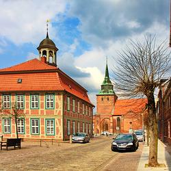 Boizenburg, Rathaus und Stadtkirche St. Marien