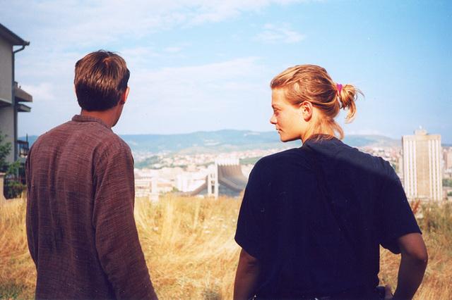 Simon & Suzi overview Prishtinë