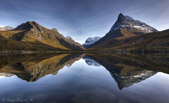 Autumn in Innerdalen valley.