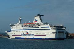Bretagne arriving at Portsmouth (3) - 22 April 2018