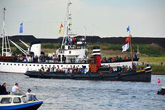 Sail 2015 – Dockyard V and Castor