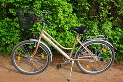Malnova biciklo de DK