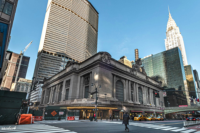 Three landmarks of East Midtown- the MetLife building, Grand Central Terminal and the Chrysler Building .(menwile quarentine time)