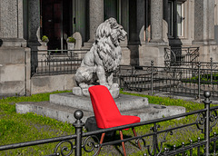 Braunschweig's Lion and Heidi's Red Chair