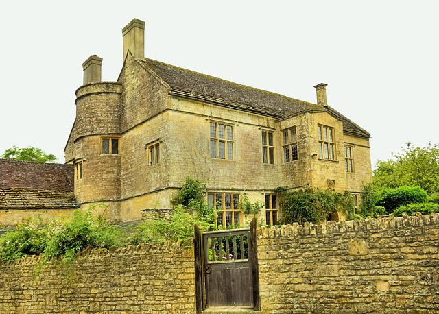 Manor Farm House - 1608